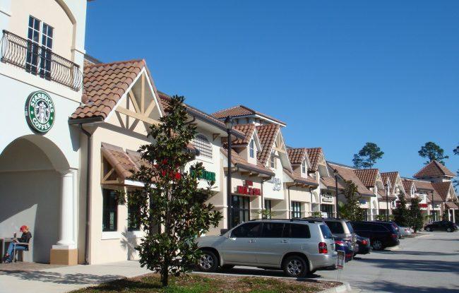 Mercado Front View 650x415 - Properties